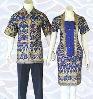 contoh model baju batik couple kerja