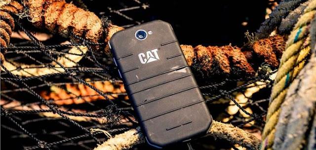 Fitur Wajib Smartphone Bagi Petualang
