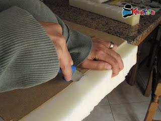 come tagliare la gomma piuma