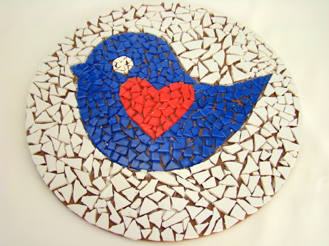 mozaik kuş figürü
