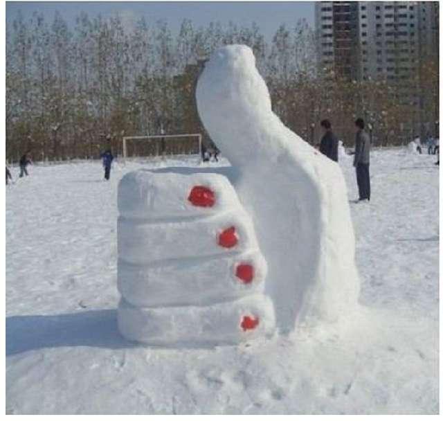 Snow Sculptures Snowmen Snowman Ideas Snow Fun Snowy