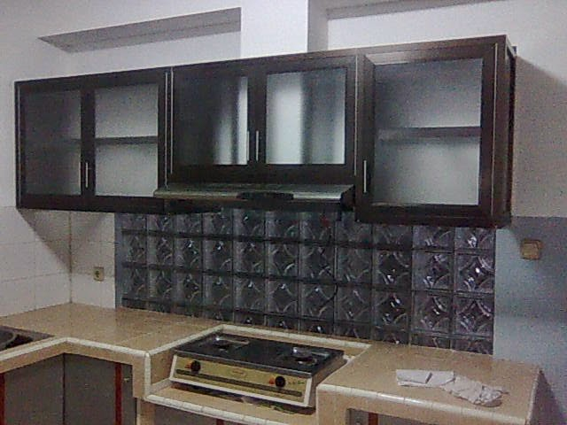 Model kitchen set aluminium minimalist art for Harga kitchen set aluminium