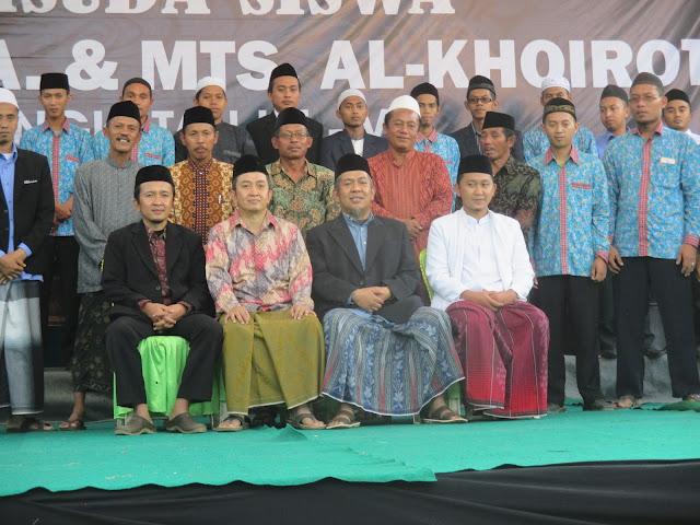Struktur Pengurus Madrasah Diniyah Al-Khoirot Tahun Ajaran 2019-2020