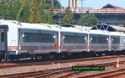 Kereta Api Jakarta Gombong