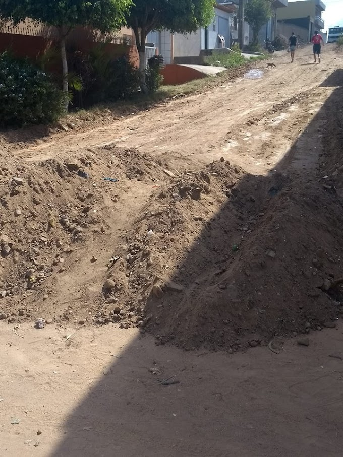Prefeitura de Umbuzeiro inicia obra de calçamento da Rua Israel Bezerra no Bairro do Matadouro