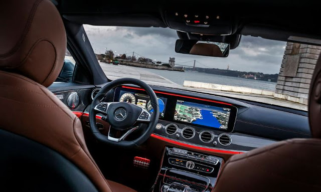 2017 Mercedes-Benz E300 4Matic Interior