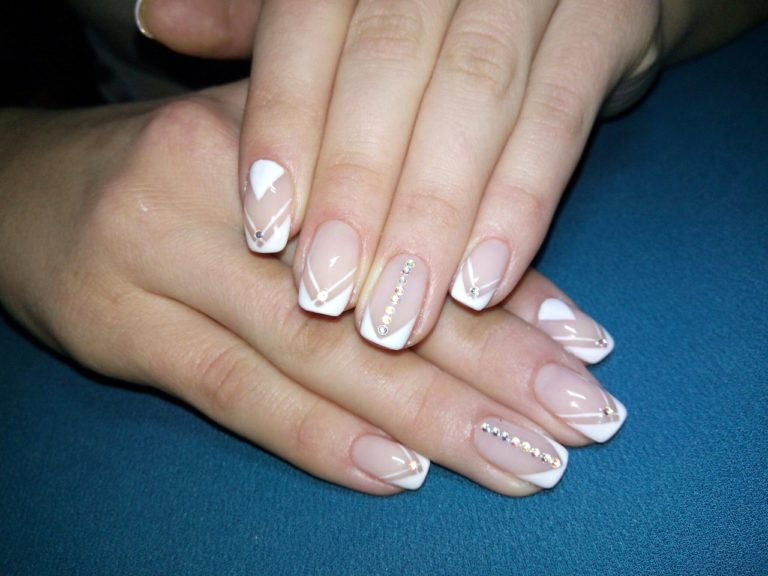 Exquisite Wedding Nail Art Ideas For Your D Day