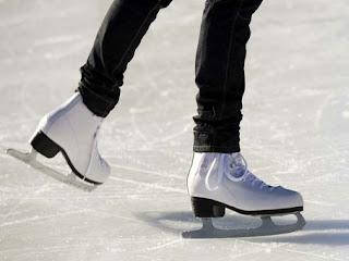 Ice Skating di Mal Taman Anggrek Jakarta