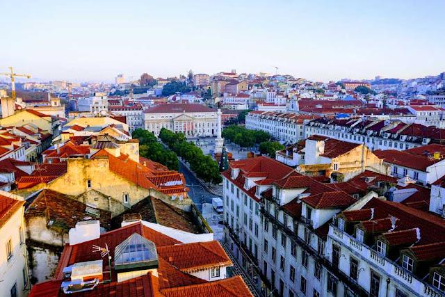 リスボンは丘の街