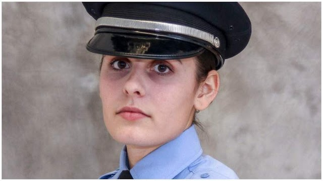 #TopStory  : A beautiful woman hero,24, off-duty officer was accidentally ( ?) shot and killed inside another officer's home in St.Louis.(MO)