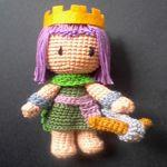 patron gratis muñeco rey  amigurumi