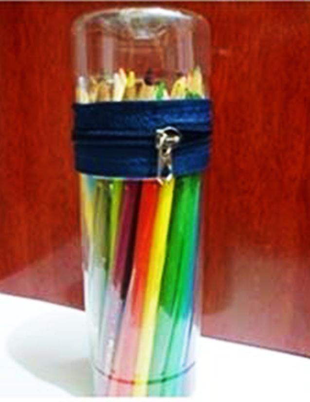 berikut ini hasil dari beberapa model kreasi botol plastik untuk tempat  pensil  061aaa83db