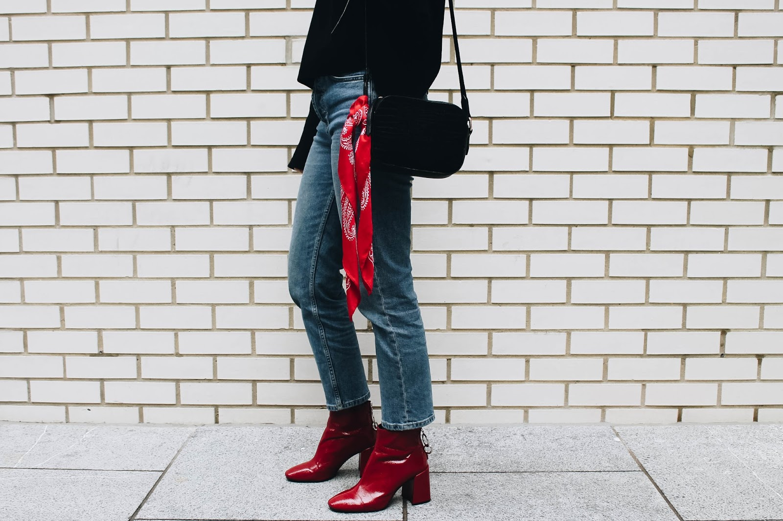 fashion blogger, london blogger, microinfluencer, bandana scarf, leather bag, croc bag, accessorize bag, accessorize leather, denim, red, h&m ruffle top, ruffle sleeves, red boots, red zara boots
