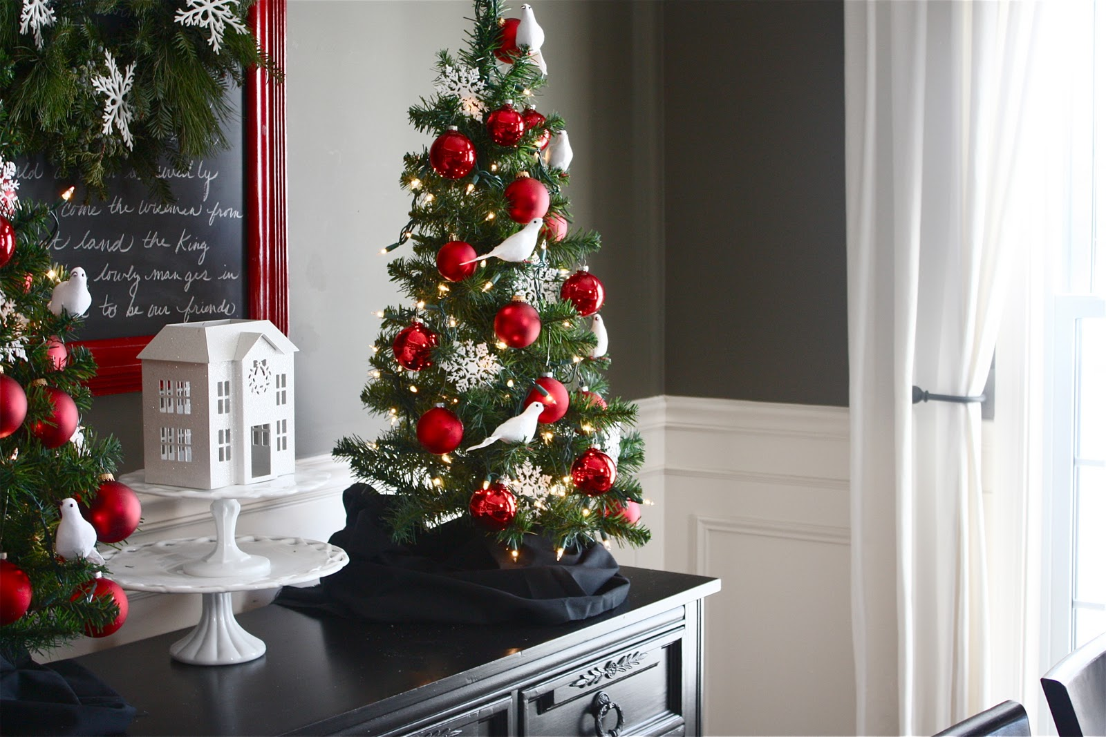 Holiday Home Series Christmas Dining Room On A Dime
