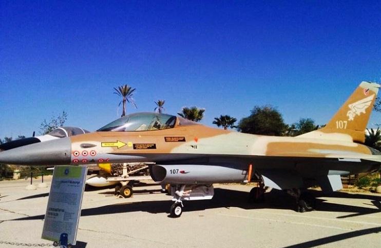 f-16+no+107+israel.jpg (742×482)