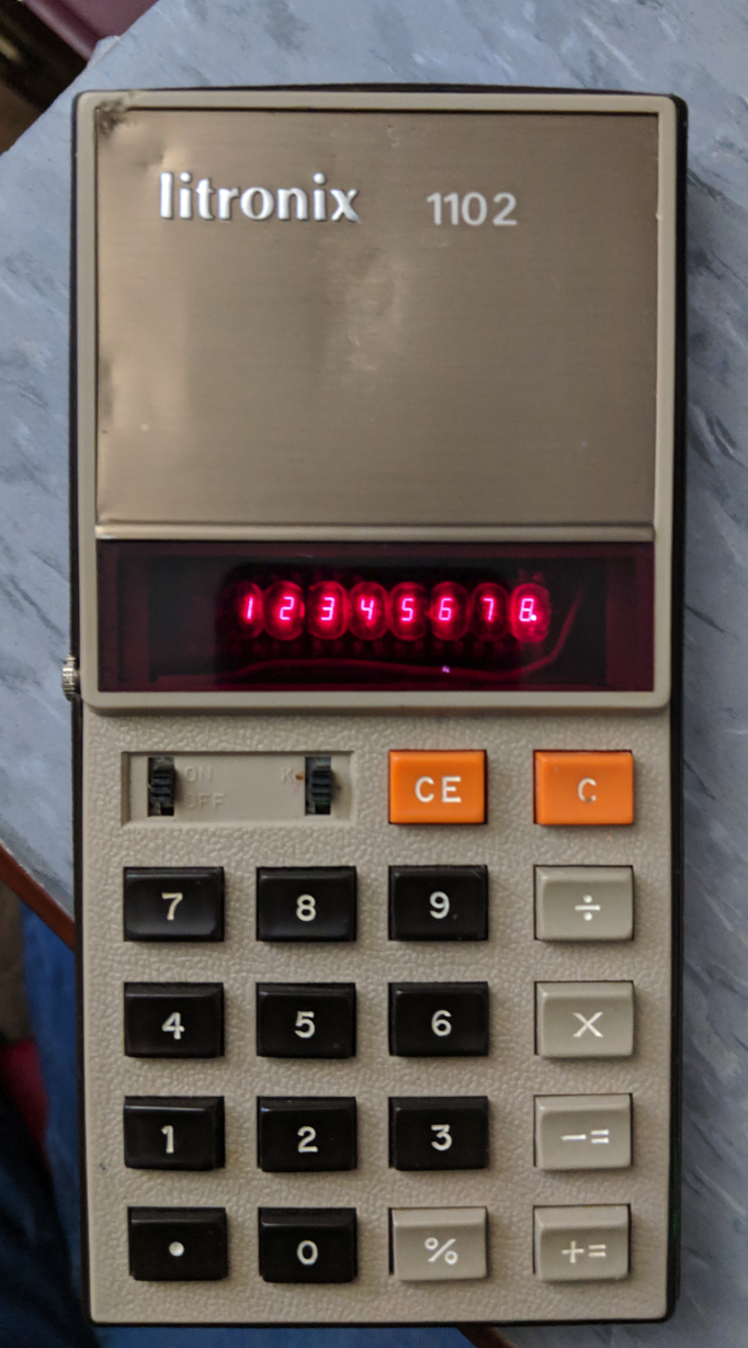 The Calculator Review: Review: Litronix 1102 - Spookalculator
