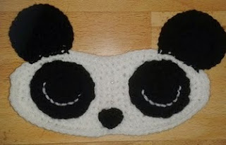 http://translate.googleusercontent.com/translate_c?depth=1&hl=es&rurl=translate.google.es&sl=en&tl=es&u=http://bitsandbobblesblog.blogspot.co.uk/2013/05/panda-sleep-mask-pattern.html&usg=ALkJrhg2qv8vnVHNzDrbuSi0B1_TthXsaA