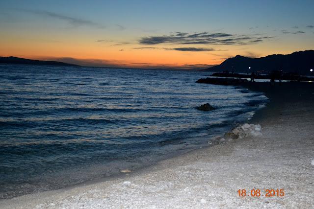 Chorwacka plaża nocą