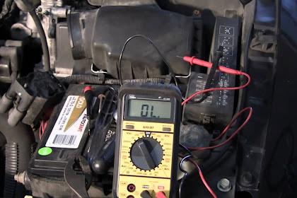 Comment tester une bobine d'allumage avec un multimètre?