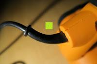 seitlich: Defort DEP-900-R Elektrohobel 900 W, Falzfunktion, Spanauswurfsystem