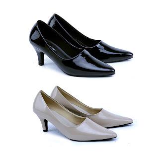 Sepatu kerja wanita,sepatu kantor wanita pegawai bank,sepatu kerja wanita bahan sintetis,grosir sepatu kerja garsel terbaru,grosir sepatu kerja murah,gambar sepatu kantor hak 7cm