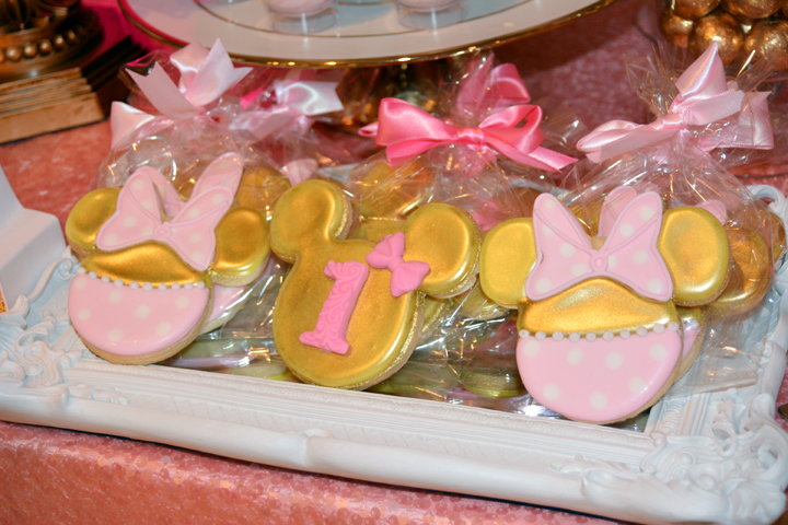 Pink And Gold Minnie Mouse First Birthday Decoration Ideas Table Centerpieces