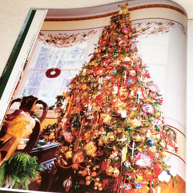 The Spirit of Christmas Books  16 - 17