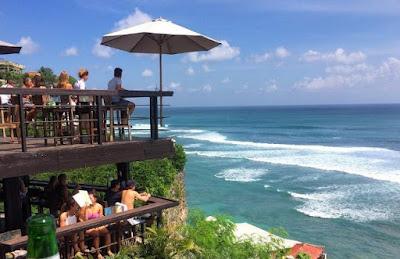 Kafe Instagenic Untuk Nikmati Sunset Paling Baik di Bali