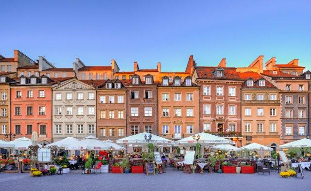 varsavia-piazza-del-mercato-poracci-in-viaggio