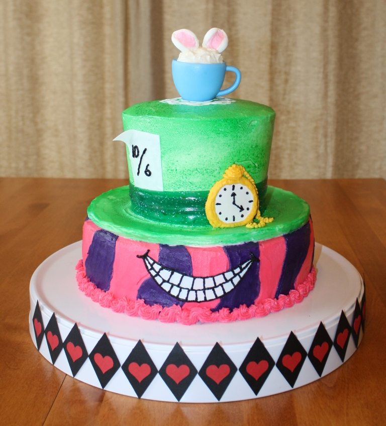 Party Cakes: Alice In Wonderland Cake For Piper