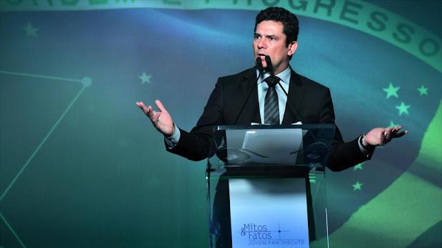 """Sergio Moro: Brasil está gobernado por un grupo de """"gánsteres"""""""