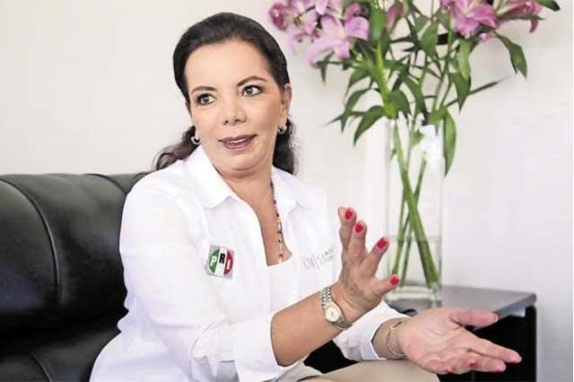Carolina Monroy asume presidencia nacional del PRI