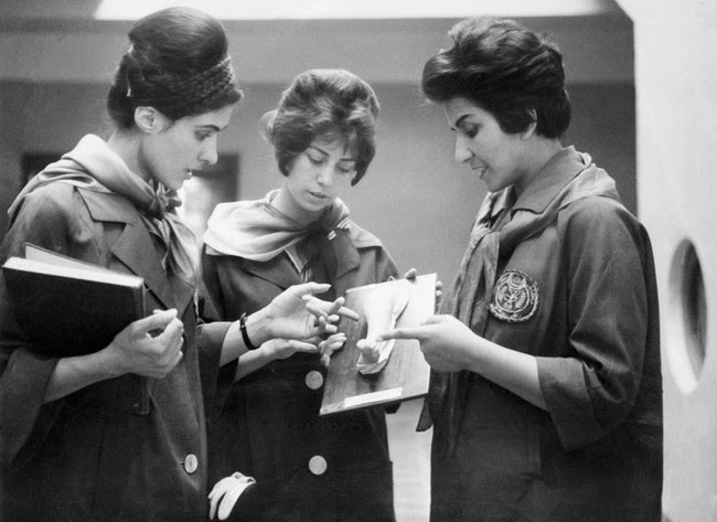 52 photos of women who changed history forever - Afghan women studying medicine. [1962]