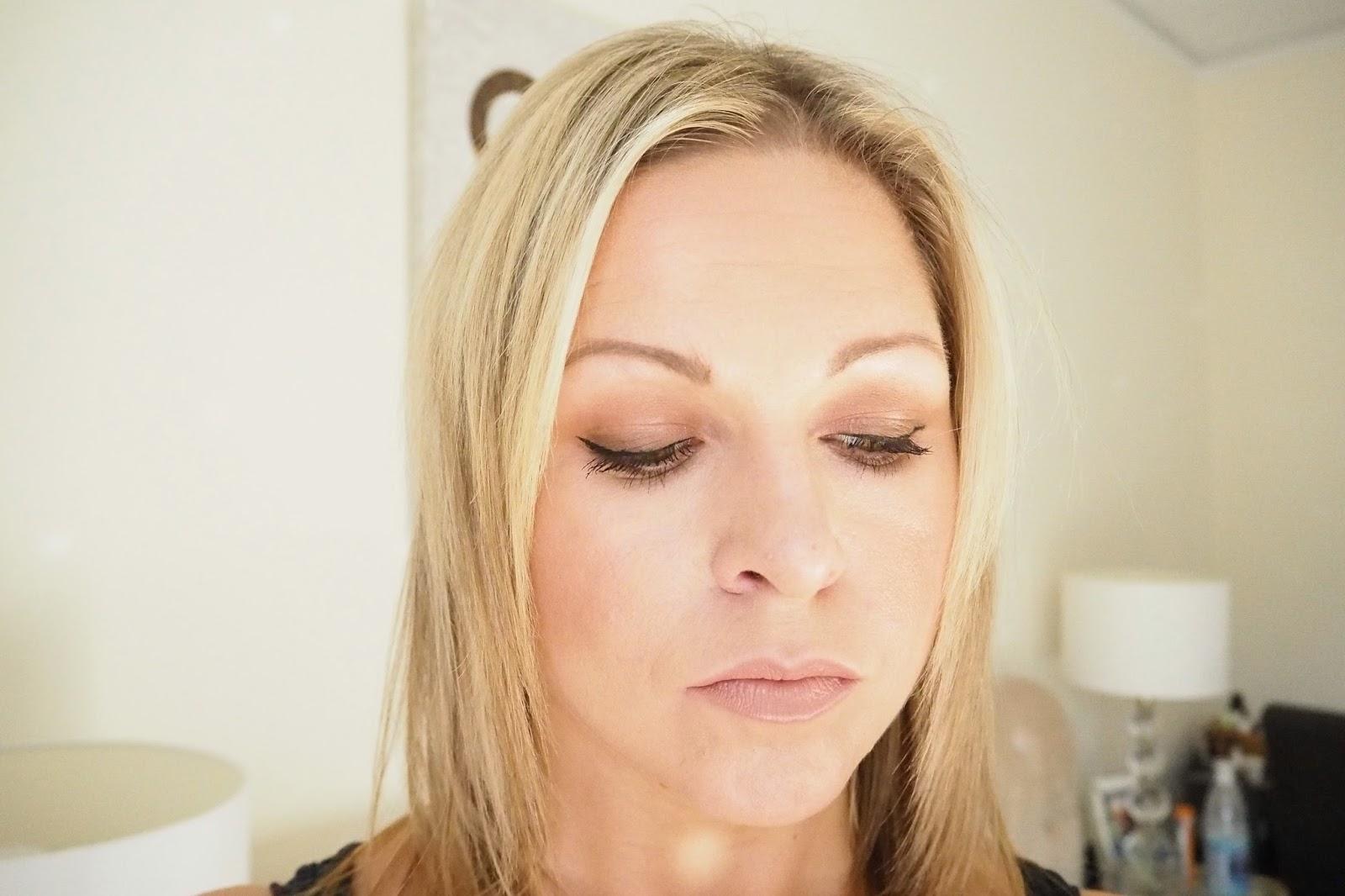 Fall Make Up - Nudestix Matte Eye Color, Estee Lauder Insatiable Ivory