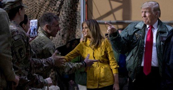 trump visita las tropas de iraq