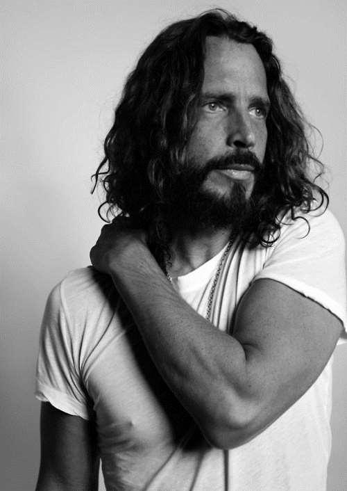 Σε αυτοκτονία αποδόθηκε επίσημα ο θάνατος του Chris Cornell
