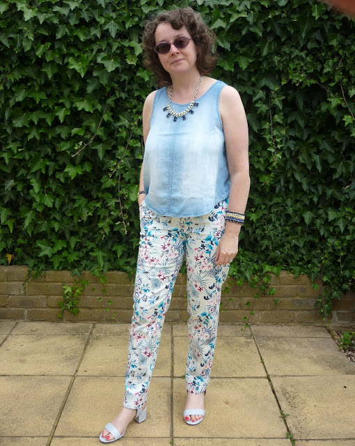 Lily Print Trousers & Chambray Crop Top | Petite Silver Vixen