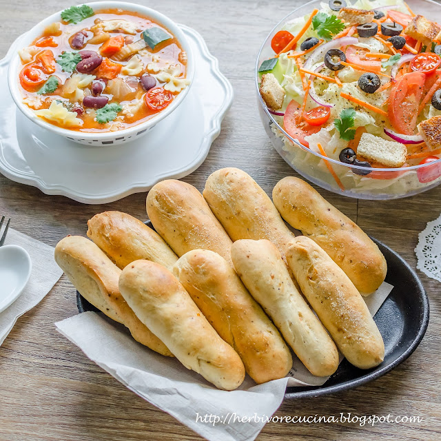 Herbivore Cucina Homemade Olive Garden Garlic Breadsticks