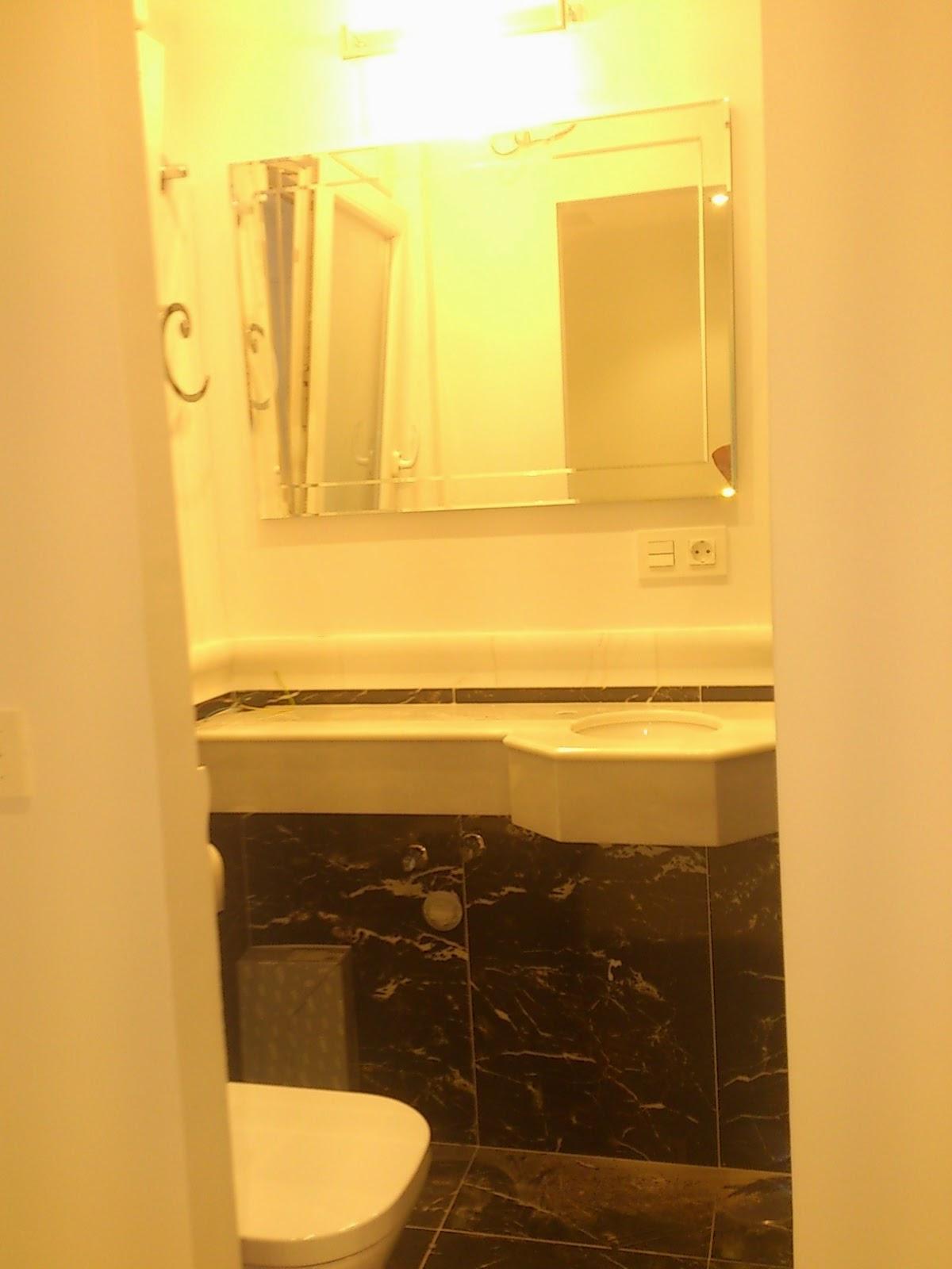 baño pequeño,marmol,www.lolatorgadecoracion.es