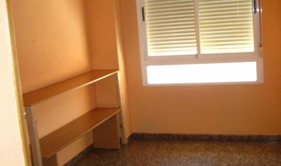 piso en venta av de quevedo castellon habitacion