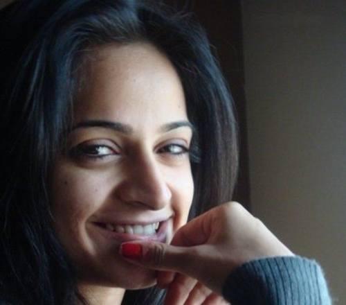 Natural Look of Pakistani Actress Noor