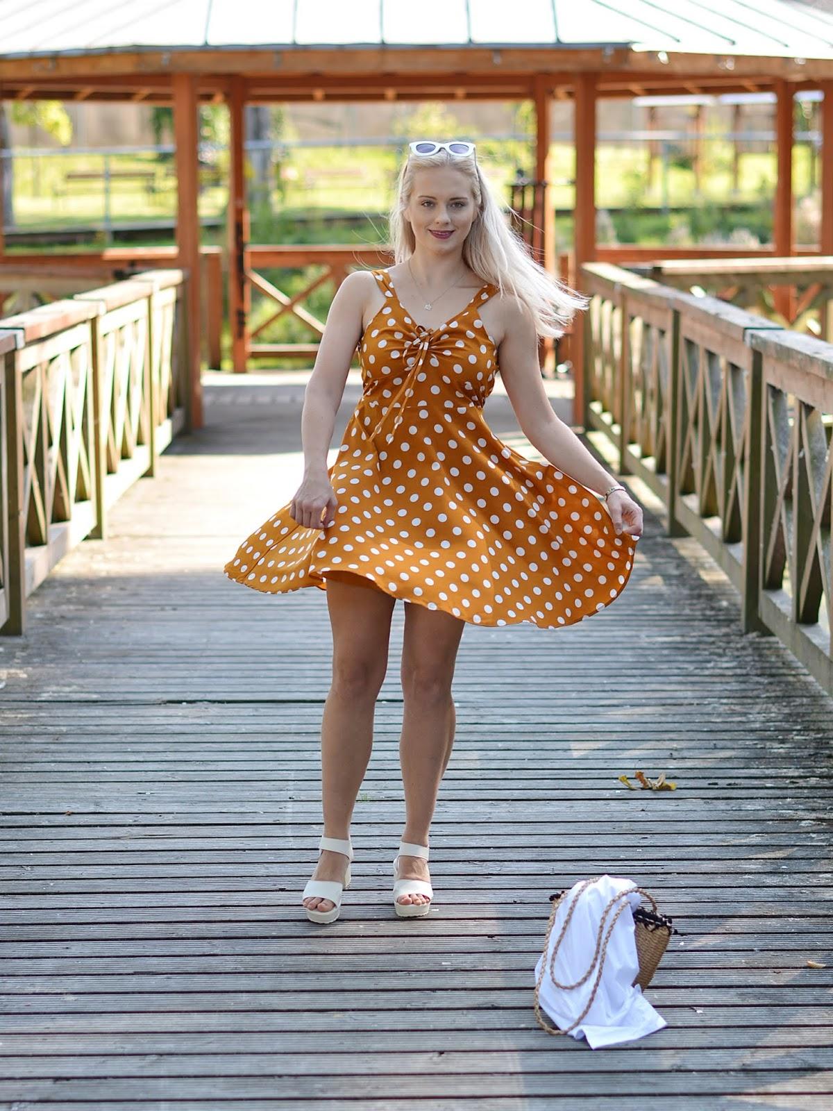 tanie-sukienki-lato-2019.JPG