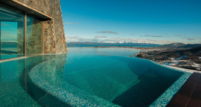 Piscina do Arakur Ushuaia Resort & Spa