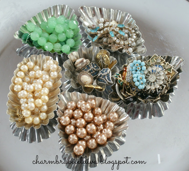 beads pearls earrings vintage tart tin containers