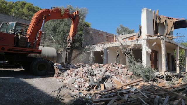 Πάνω από 1.800 τα προς κατεδαφιση αυθαίρετα σε Πελοπόννησο, Δυτική Ελλάδα και Ιόνια Νησιά