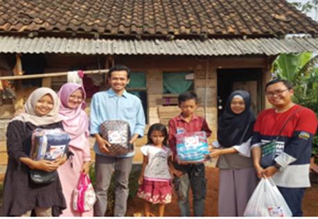 Komunitas 'Sekala Beghak' Berbagi Kebaikan di Bulan Ramadhan