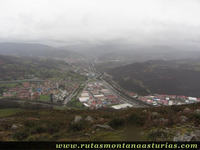 Vista de Langreo desde la Peñata