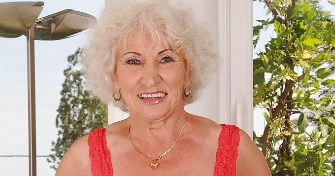 GILFs and matures fotos: Grandma Norma