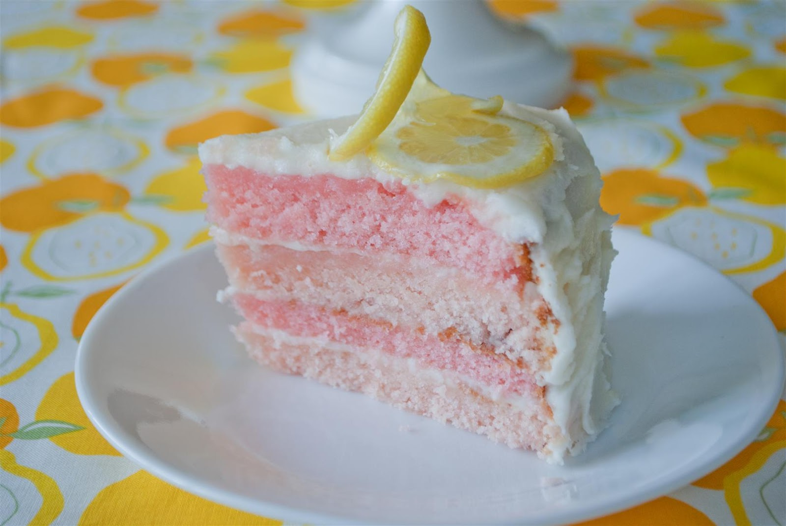 craftyc0rn3r Pink Lemonade Cake and Cupcakes