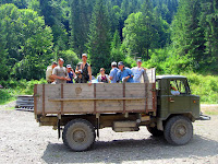 Карпаты: поезда, автобусы и мы в грузовике